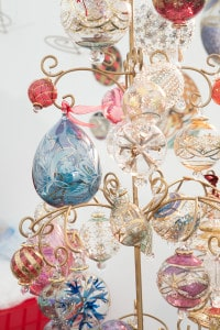 Handmade Christmas Fair - Kirstie Allsopp and Mollie Makes  christmas glad baubles