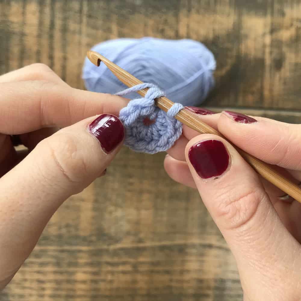 asketweave beanie hats free crochet pattern