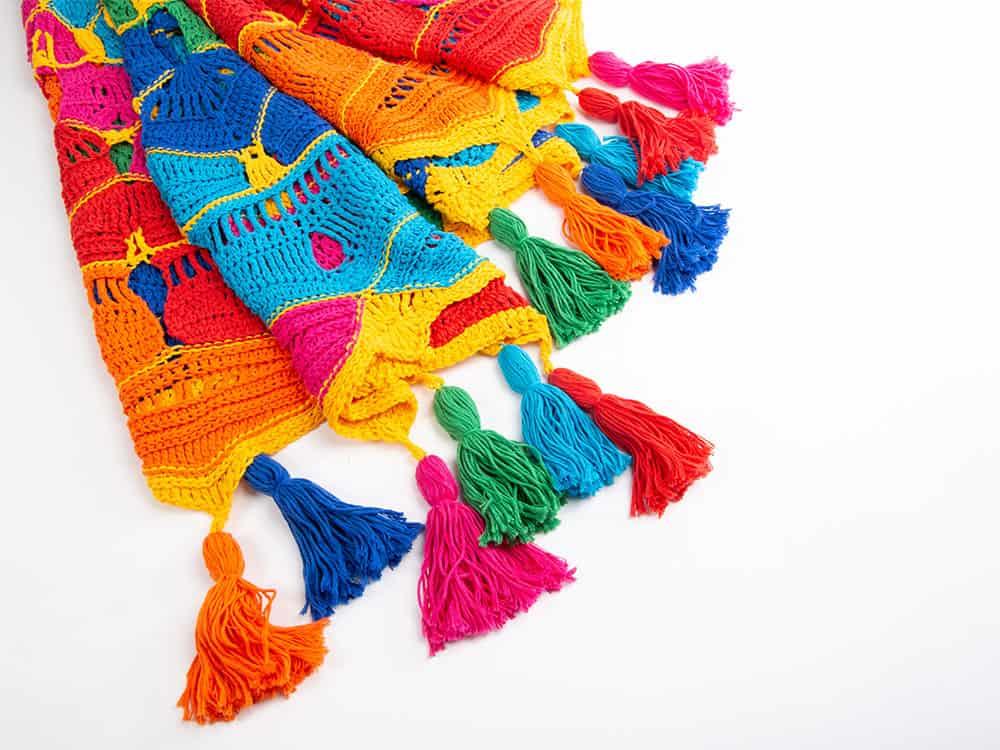 Kaleidoscope Mandala Throw CAL free crochet pattern with Deramores