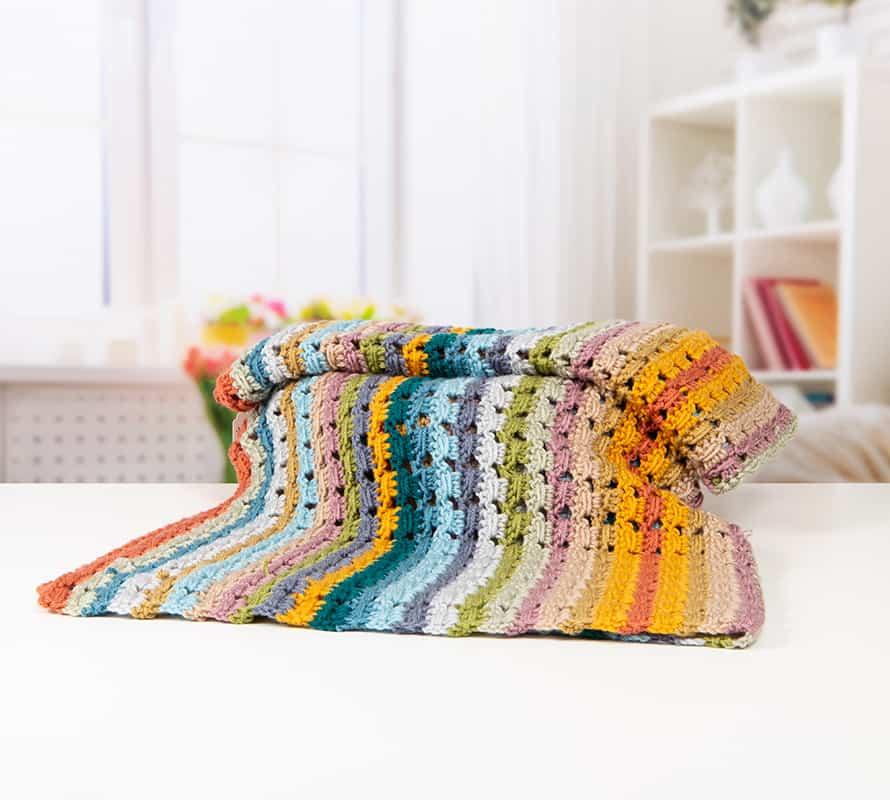 Afternoon Tea Blanket Collection by Hannah Cross HanJan Crochet for Deramores. Free crochet blanket patterns, learn to crochet, easy crochet blanket, vintage crochet blanket