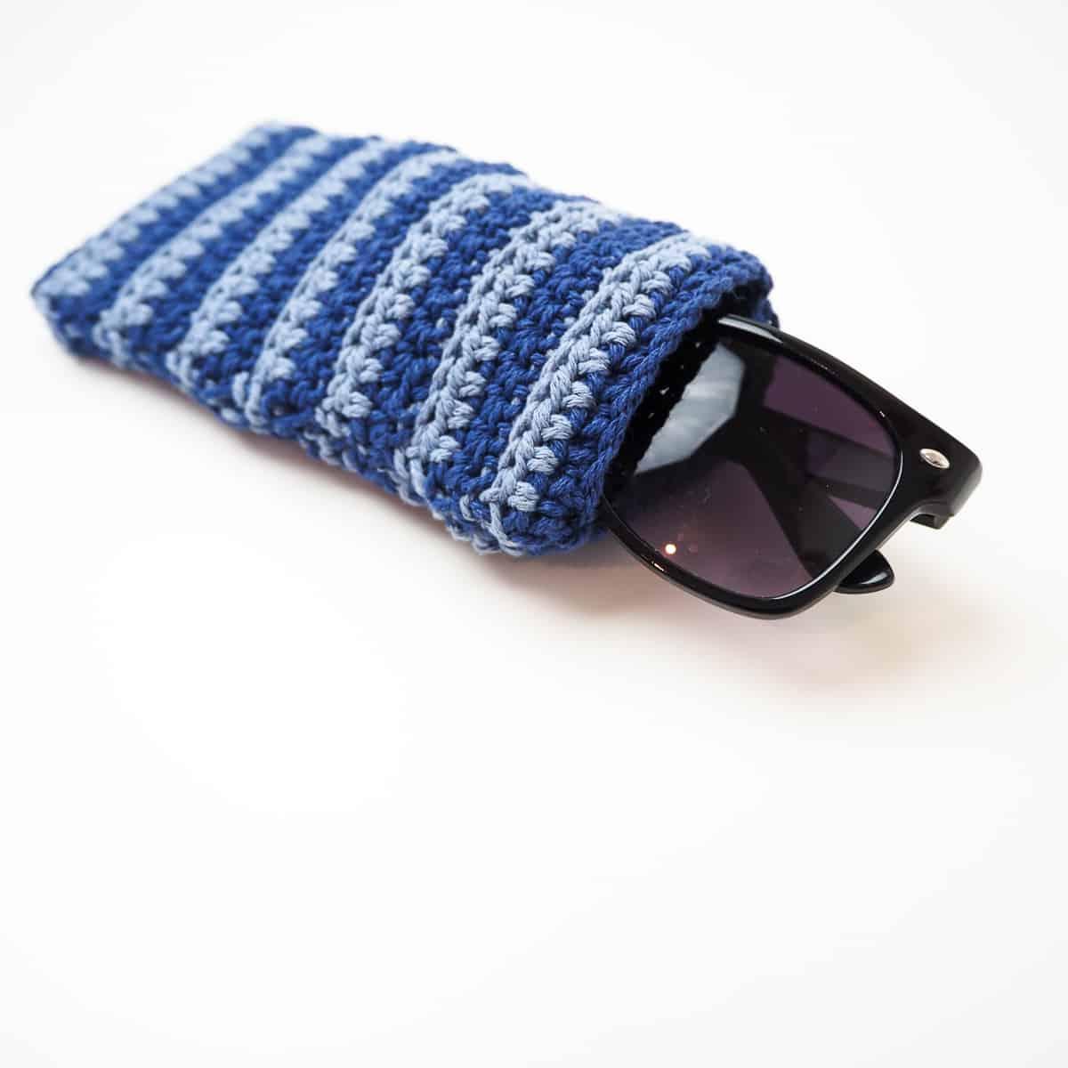 SBC 3 crochet striped sunglasses pouch 9