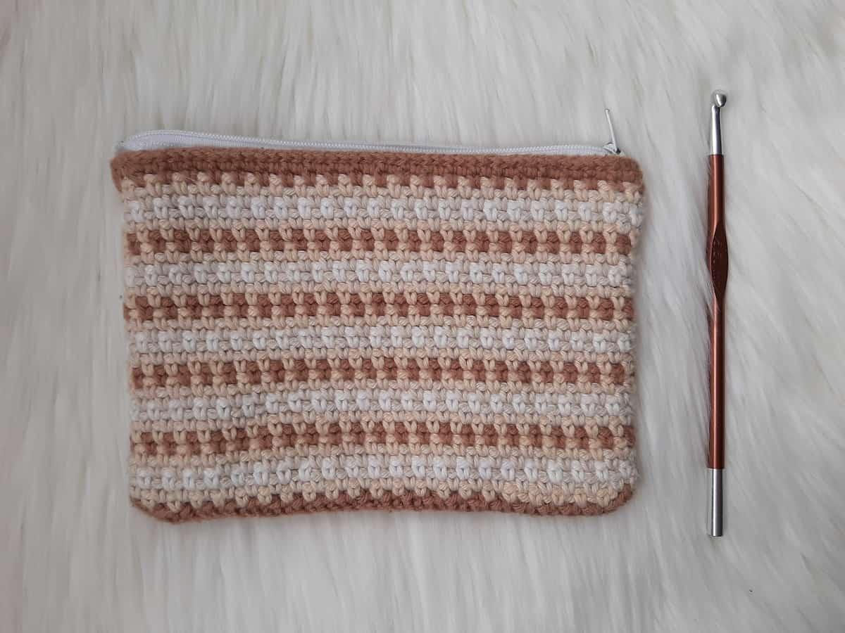SBC 3 crochet zipper pouch sq 3