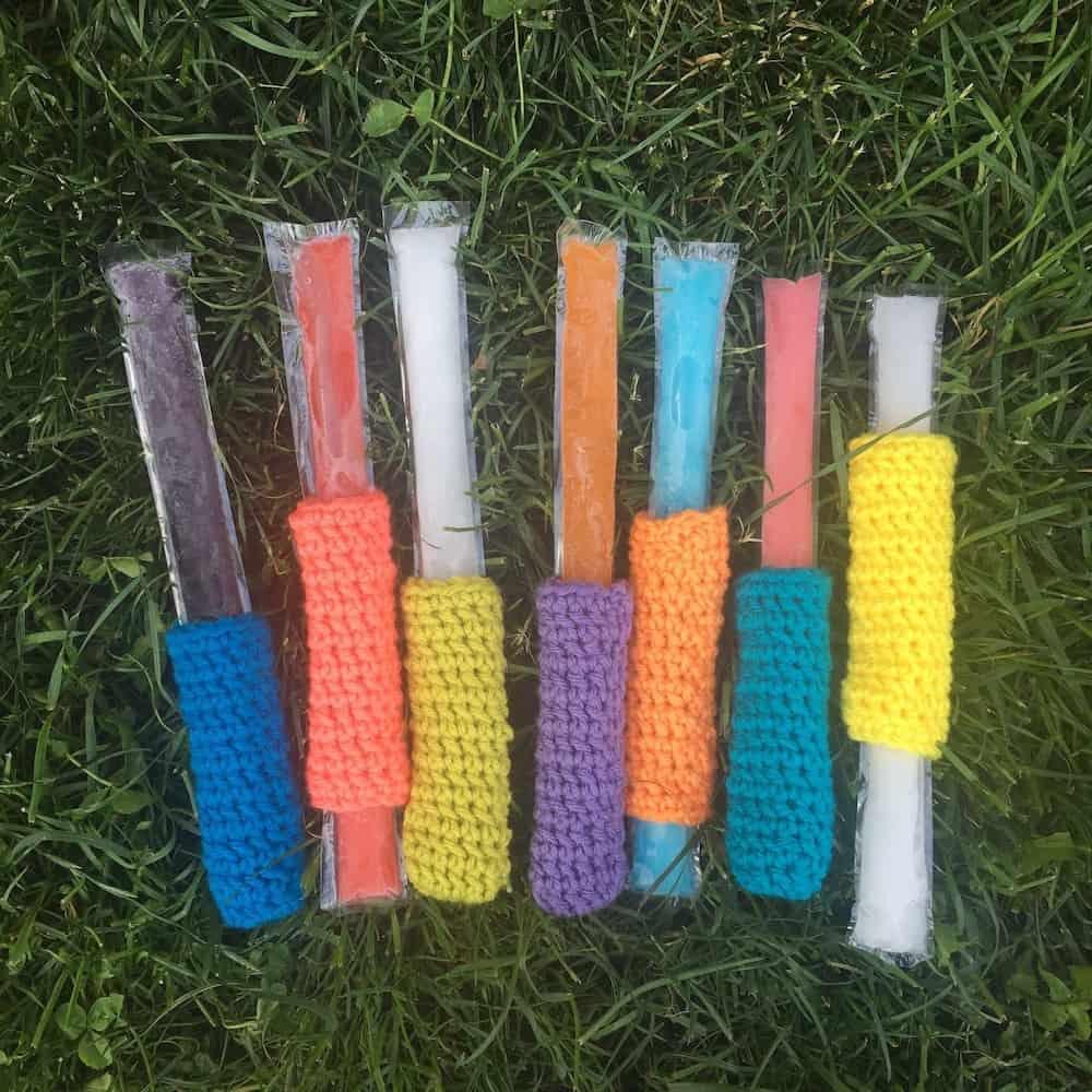 freeze pop cozy, a free crochet pattern