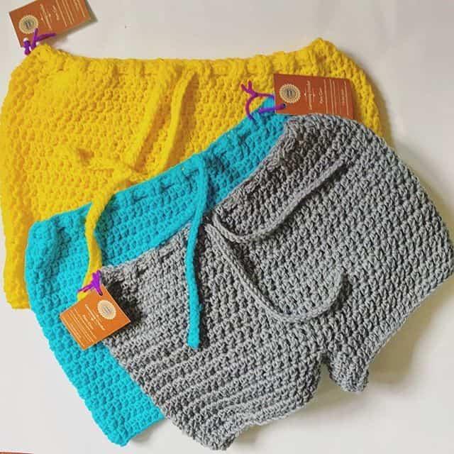Summer crochet shorts, a free crochet hot pants pattern.