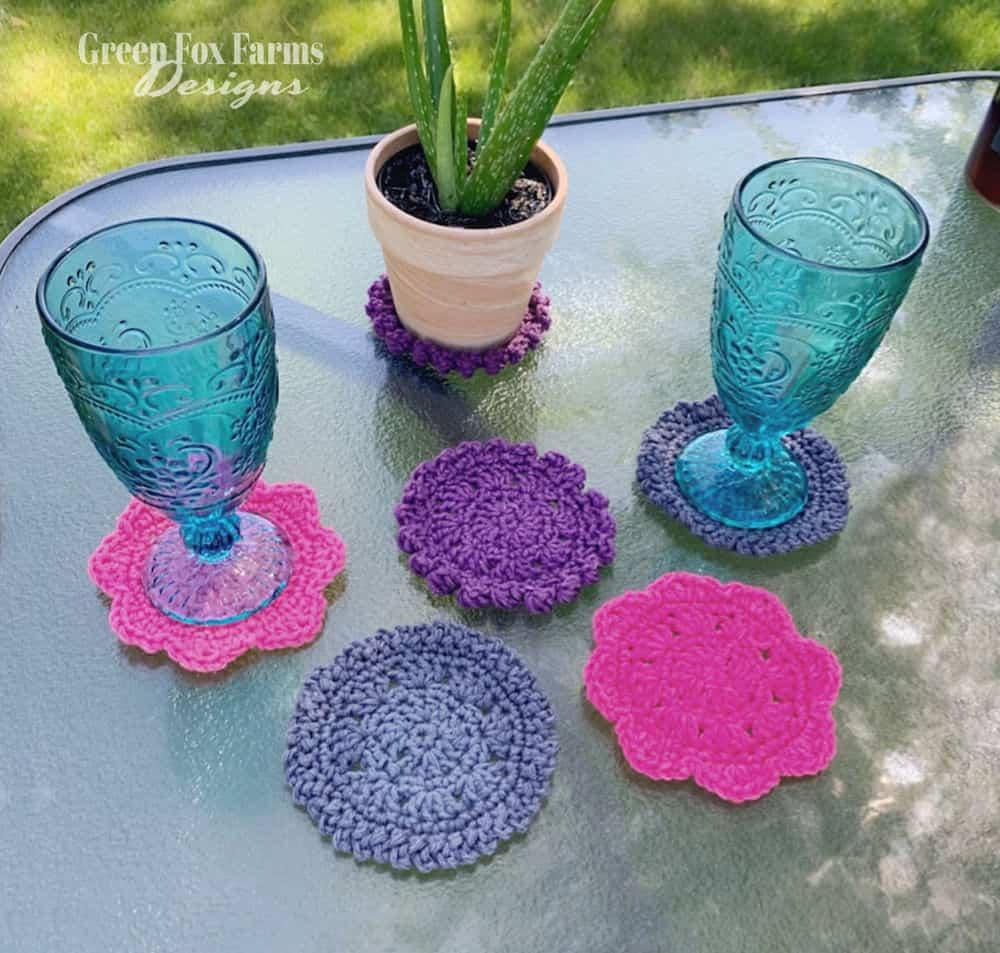 sweet stripe crochet coasters, a free pattern
