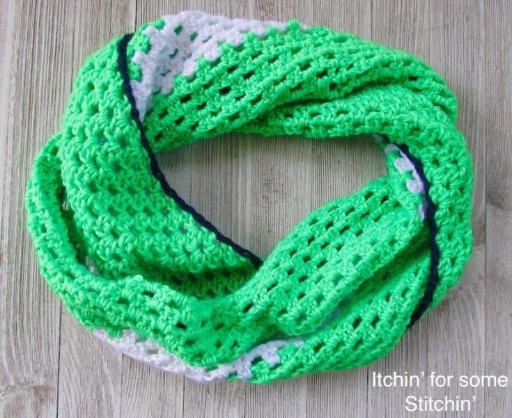 Crochet Cowl compressed copy 2 min
