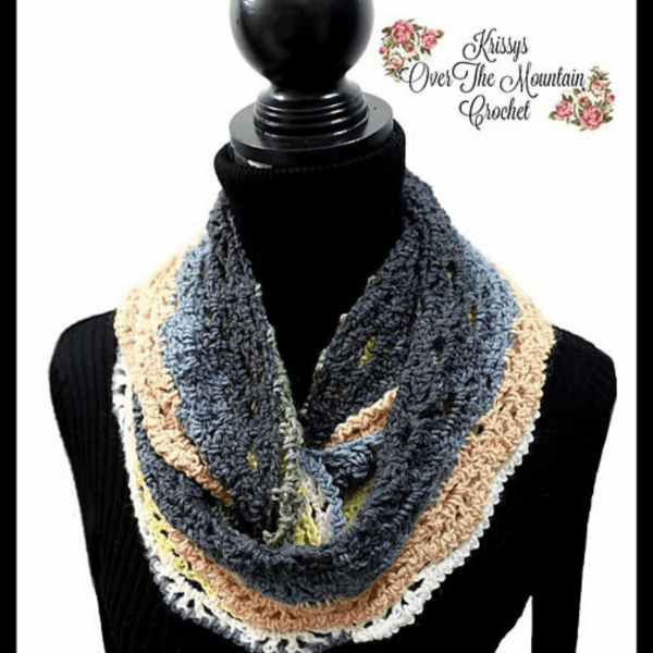 grey and pink crochet scarf