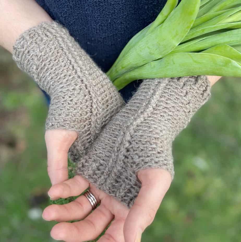 crochet hand warmers pattern