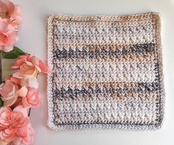 Crossed Double Crochet Stitch