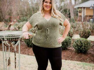 simple crochet filet t-shirt pattern in green