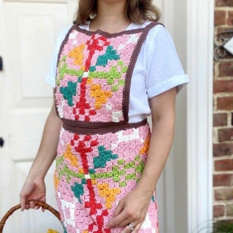 geometric crochet apron in c2c crochet