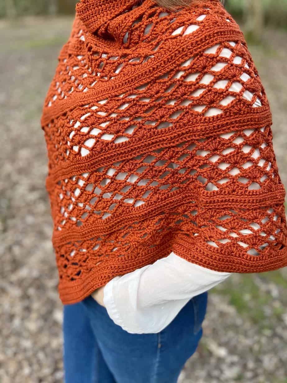close up of crochet shell stitch wrap